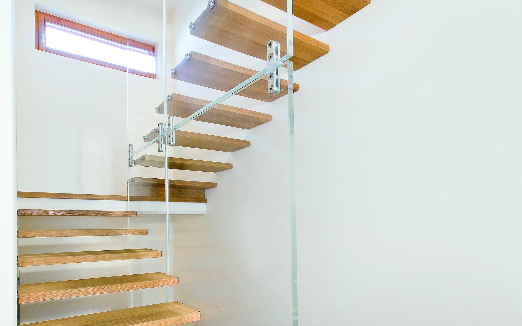 Fabulous Treppe mit Glaswand - Siller Treppen QA02